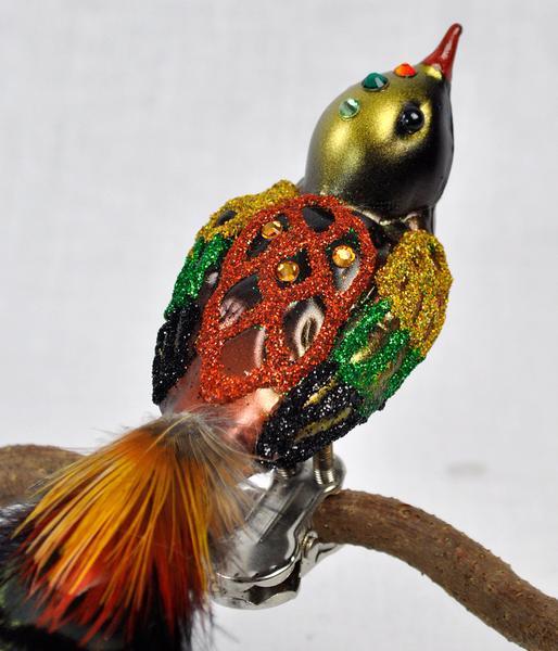 gold_bird_detail_grande